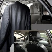 Mắc treo đồ, áo vest trên ô tô